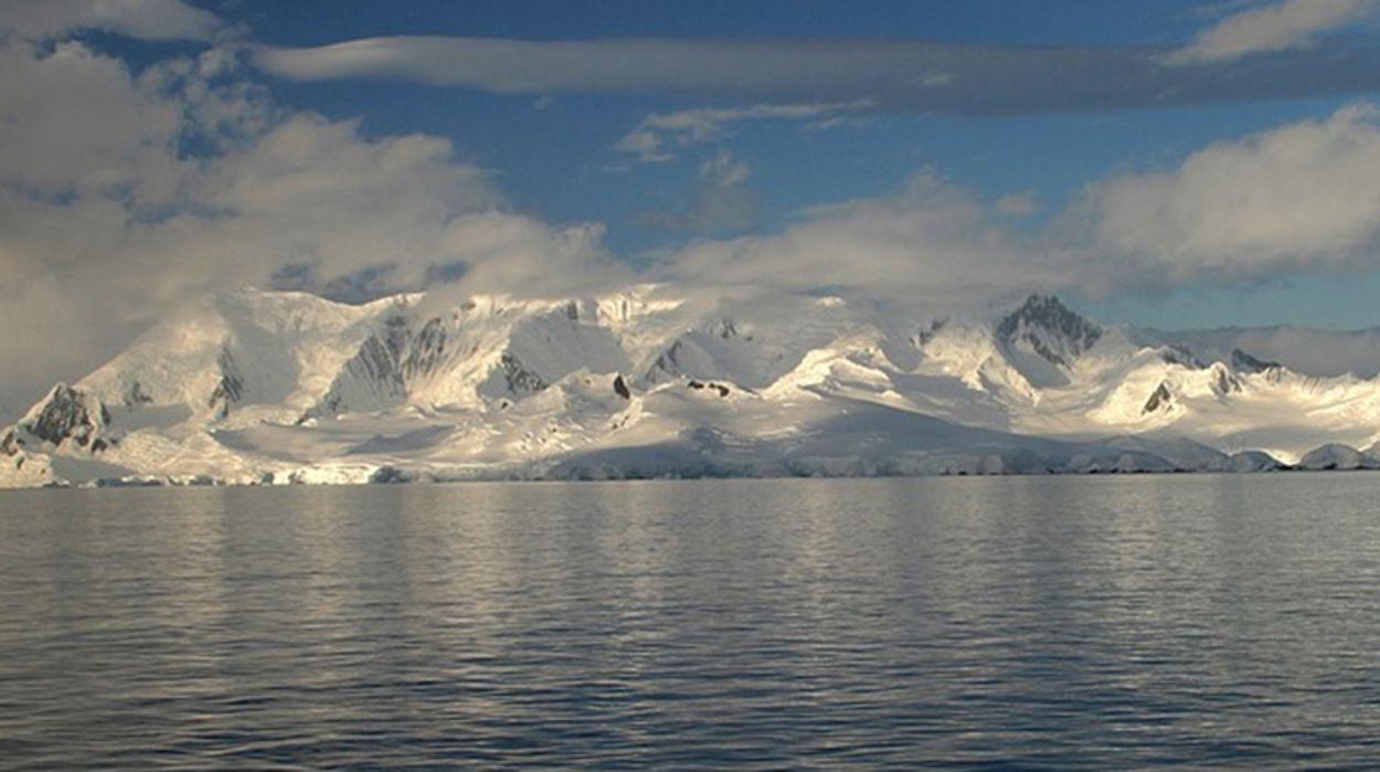 Afbeelding van IJsverlies Antarctica verdrievoudigd sinds 2012