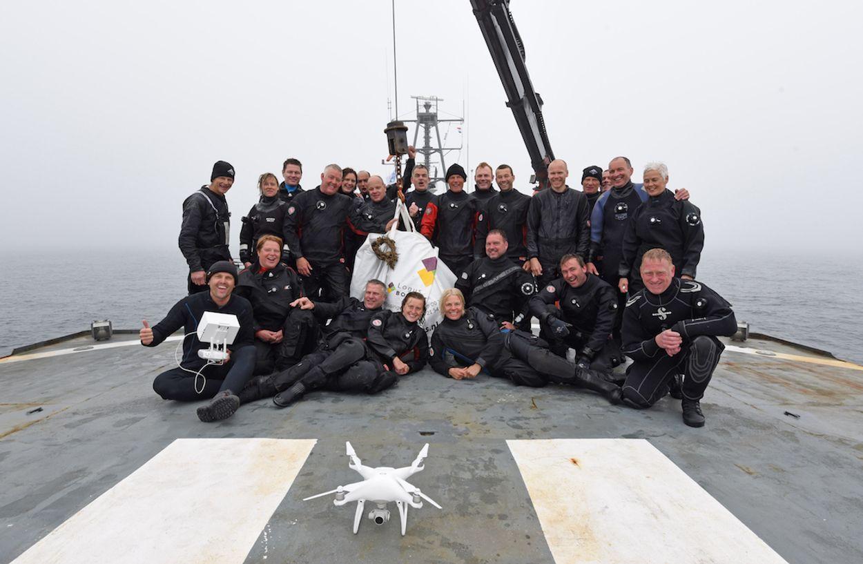 Afbeelding van Duikers halen 2000 kg visnetten uit Noordzee
