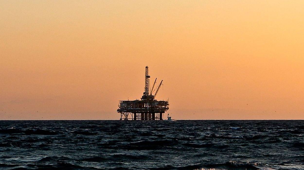 Afbeelding van Boren in de Noordzee en investeren in zonne-energie