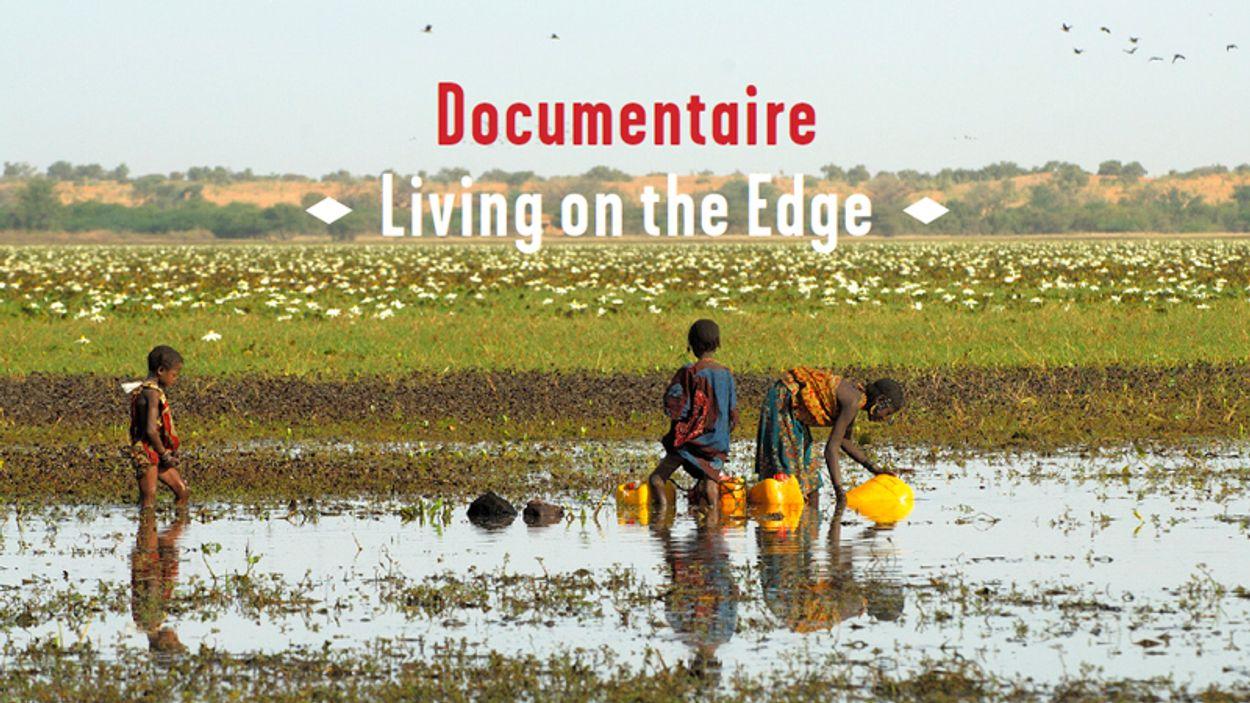 Afbeelding van TV - Living on the Edge (deel 1)
