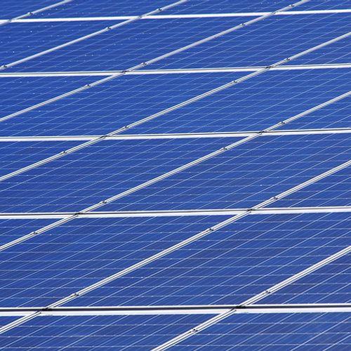Afbeelding van Groei van zonneparken belast energienet
