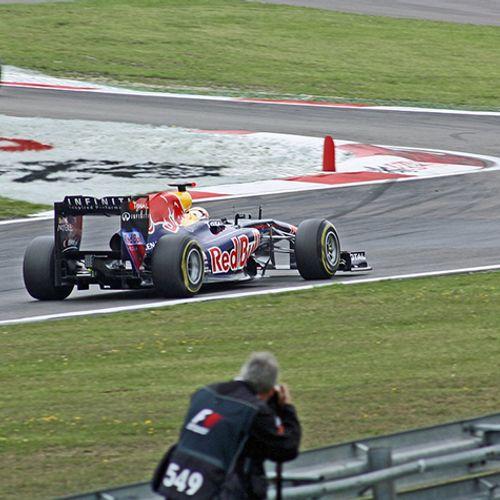 Afbeelding van 'Noordwijk moet Formule-1 Teams niet over strand naar Zandvoort laten crossen'