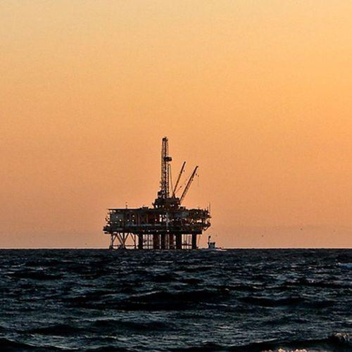 Afbeelding van 'Oliebedrijven maken klimaatdoelen onhaalbaar'
